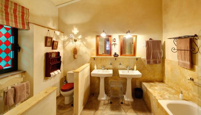 Best Place to Stay in Tarifa, Spain | Cortijo La Hoya | Casa Tramontana | Bathroom